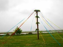 Майское дерево: мачта корабля Бальдра