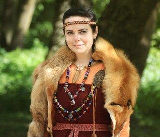 Женщина-викинг